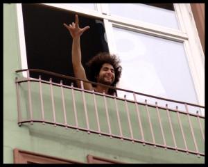 Typ in der Budapester Straße, der unbedingt von mir fotografiert werden wollte...